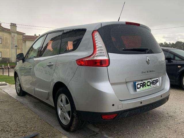 Renault Grand Scenic Dynamique 1.5 dCi 105 CV eco2